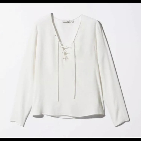 Aritzia Wilfred Free XS Redling lace up blouse